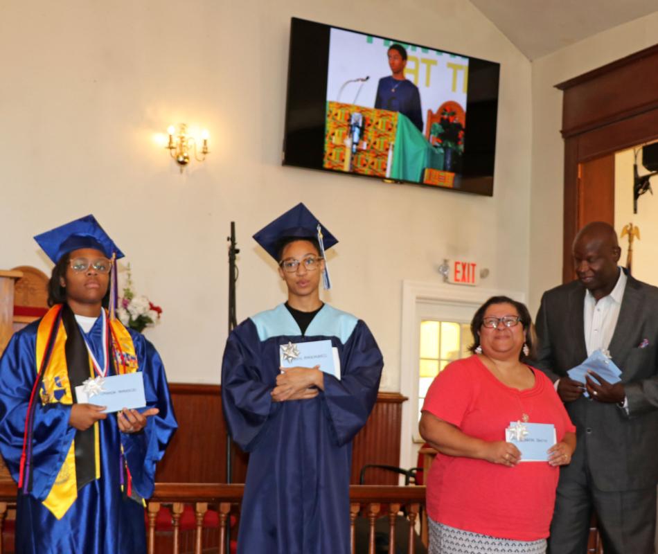 Graduates (1)